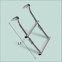 Art. 141.10 Stainless steel boarding ladder adjustable on platform