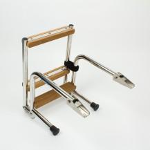 Art. 141.40 Scaletta pieghevole in acciaio inox lucidato con gradini in teak